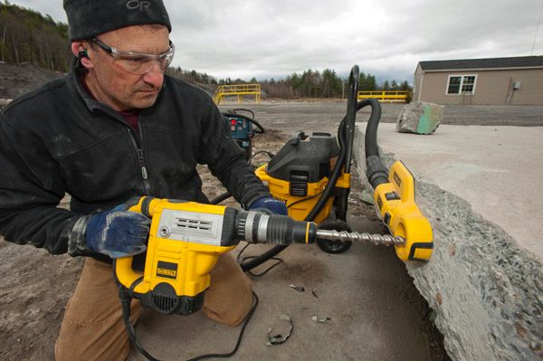 Dewalt Rotary And Demolition Hammers A Concord Carpenter