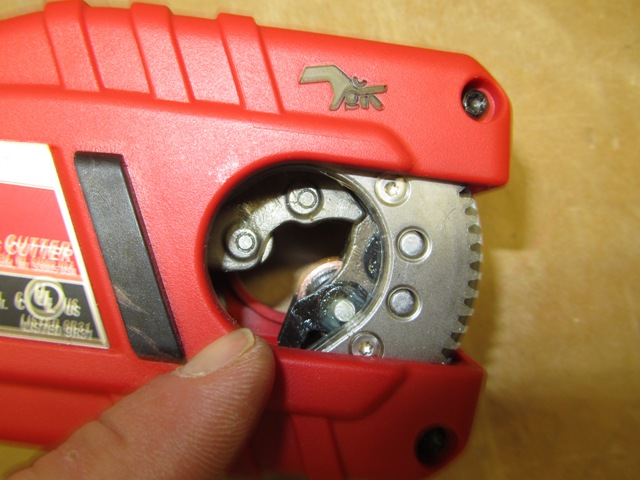 Milwaukee M12 Copper Tubing Cutter Model 2471 22 Review