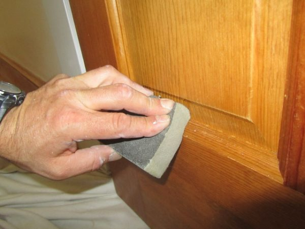 How To Paint Over Polyurethane Or Varnish Finishes