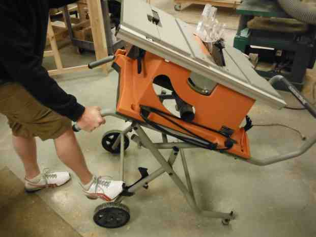 Ridgid 10 inch table saw r4510 review a concord carpenter the tilting of the blade was accomplished by taking the pressure off the tilt lock mechanism you can then either push on the spring loaded adjustment ring greentooth Image collections