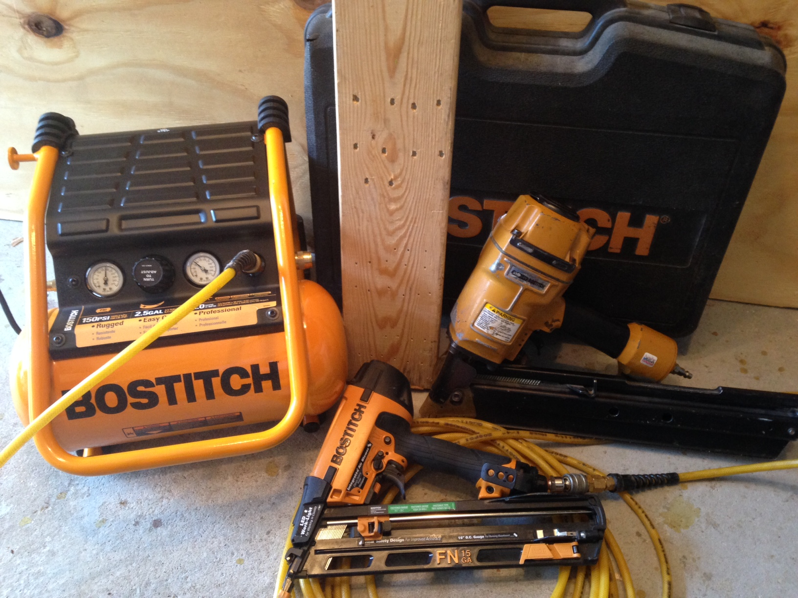 Bostitch 2.5 Gallon Compressor BTFP01012 - A Concord Carpenter