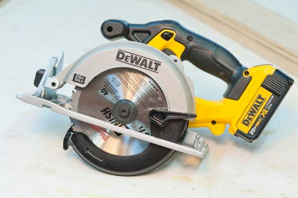 Dewalt 20v 6 12 cordless circular saw dcs391 a concord carpenter dewalt greentooth Gallery