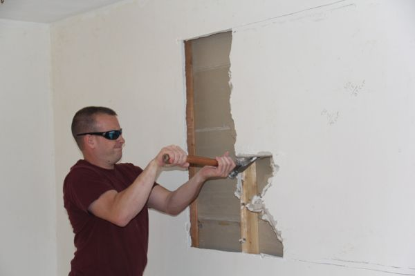 how to cut an opening in a wall