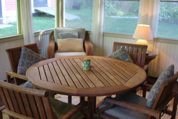 Cleaning Teak Furniture