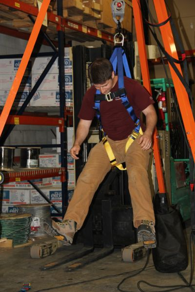 Select The Best Fall Arrest Harness - A Concord Carpenter