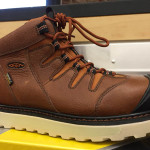 Choosing a workboot -8