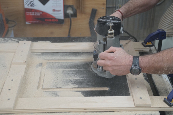How to cut in a router table insert plate a concord carpenter rout the recess for the router plate greentooth Images