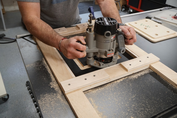 How to cut in a router table insert plate a concord carpenter the next step is to rout out the plate recess to the depth of your insert plate operate the router in a clock wise fashion on all four sides greentooth