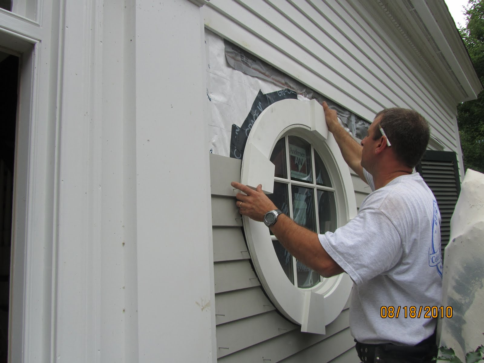 Vinyl Window Installation : Vinyl windows installing in block wall